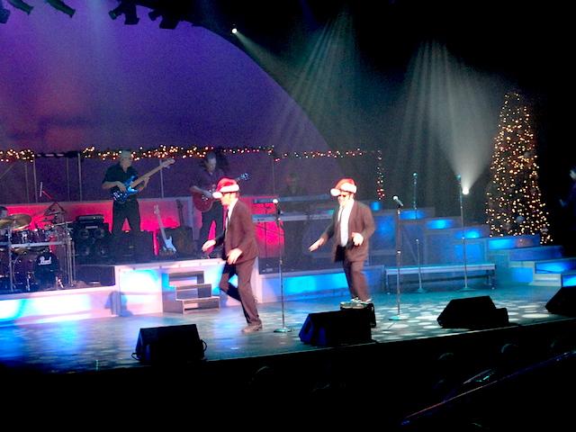 Blues Brothers Jingle Bells